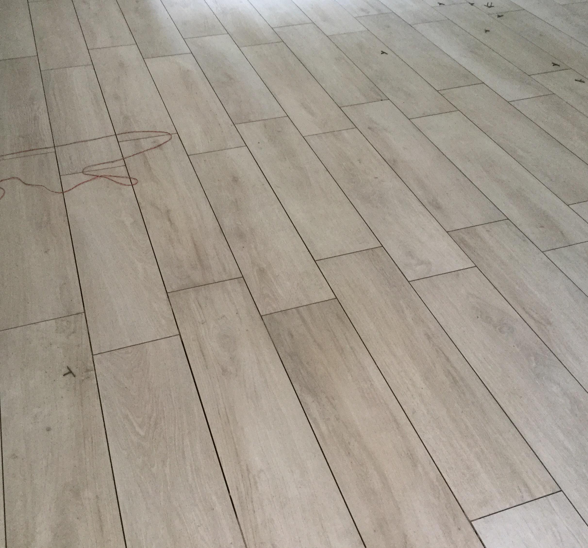 Pavimenti senza fughe piastrelle sottili grande formato for Pavimento senza fughe